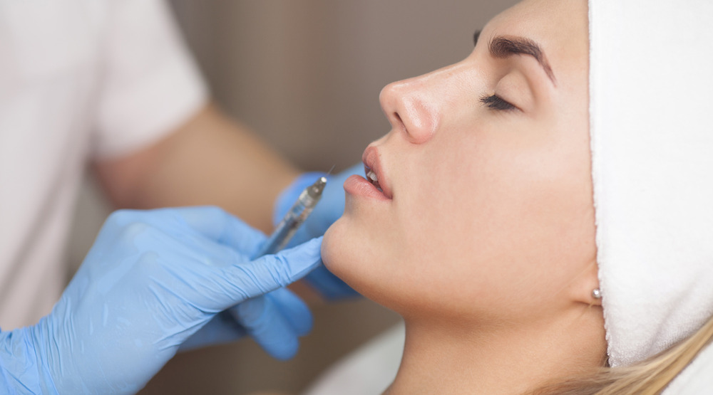 lip filler injection treatment